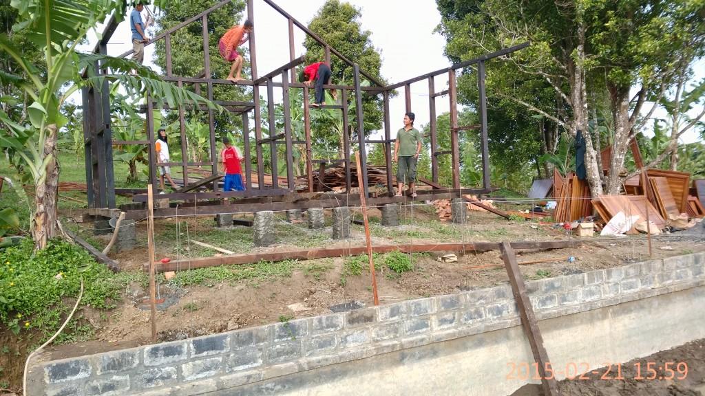 pembuat rumah kayu di bandung,sukabumi
