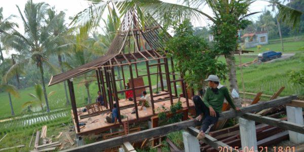 tukang pombuat rumah kayu di bali, denpasar,ubud,kuta,nusa dua,kintamani,karang asem,tabanan