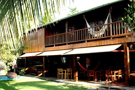 jual rumah kayu restoran