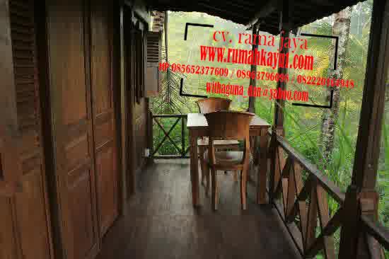 teras rumah kayu geladak joglo antikan