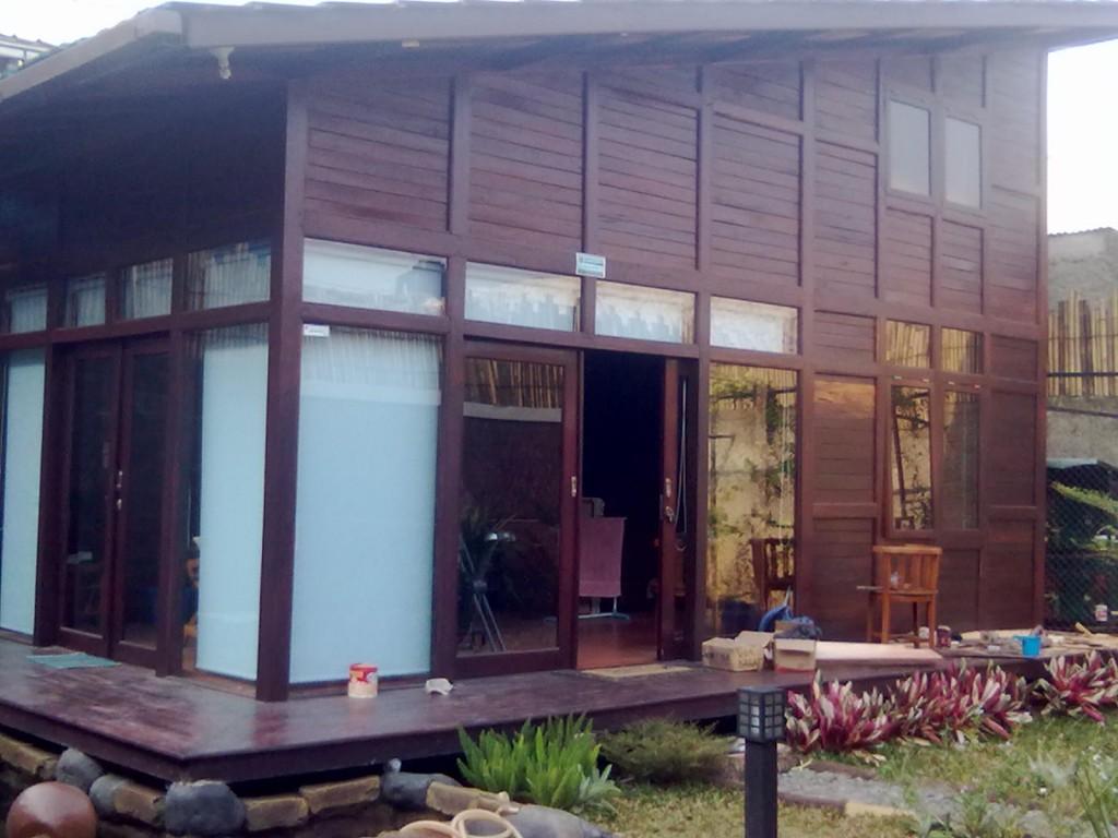jual rumah kayu di bogor, depok,bandung