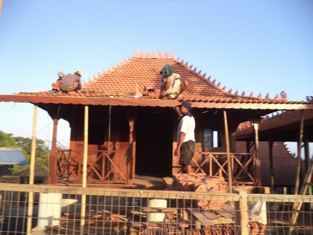 jual rumah kayu antik di bali,jual rumah kayu di denpasar,jual rumah kayu di jogja