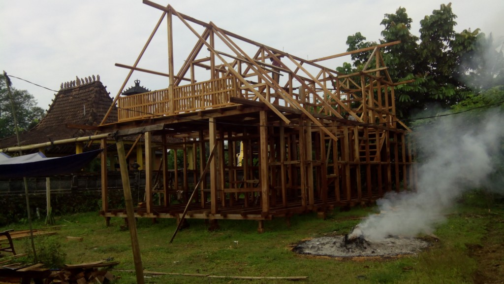 jual rumah kayu di bandung