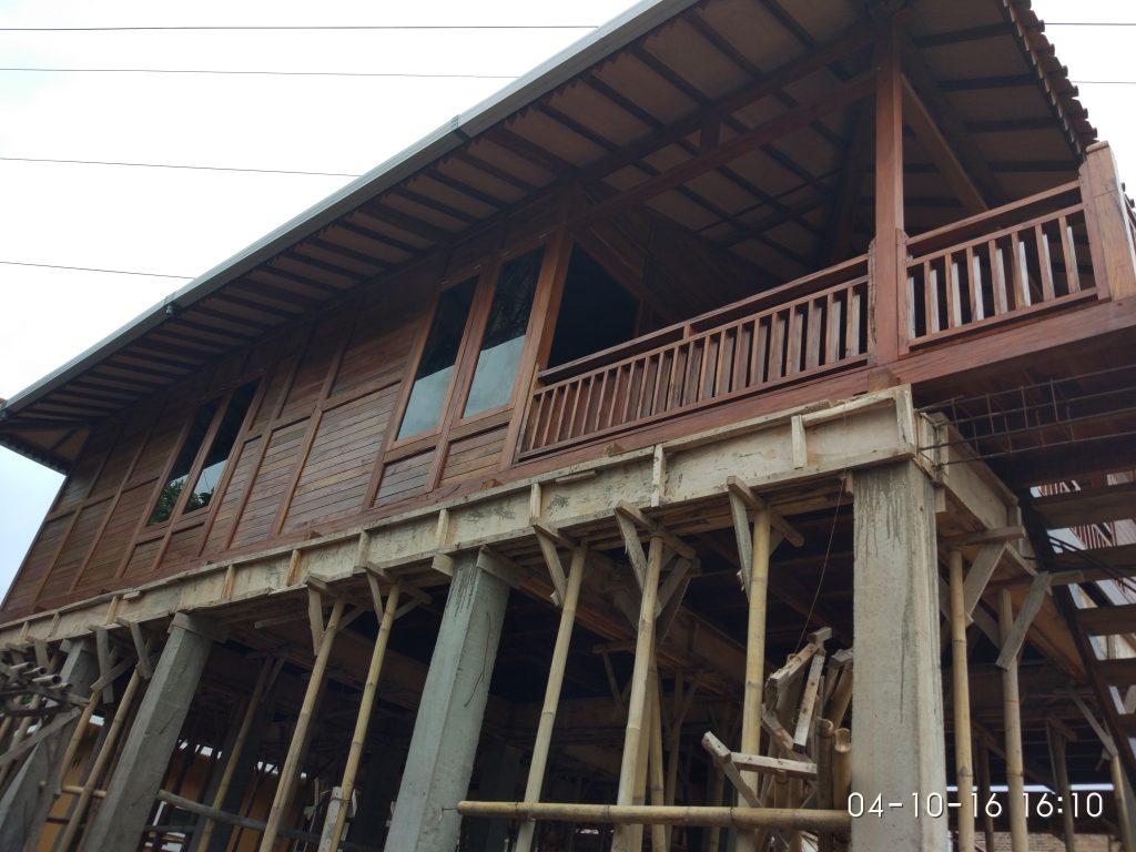 jual rumah kayu tingkat, rumah kayu panggung, rumah kayu minimalis