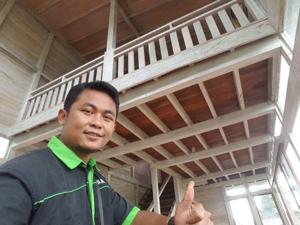 tukang rumah kayu, pembuat rumah kayu, ahli rumah kayu