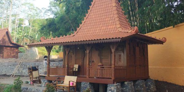 jual rumah kayu di denpasar, rumah kayu di singaraja, jembrana, kintamani, jual rumah kayu di nusa dua, kuta, banyuwangi, jual rumah kayu di surabaya, jogla, jakarta