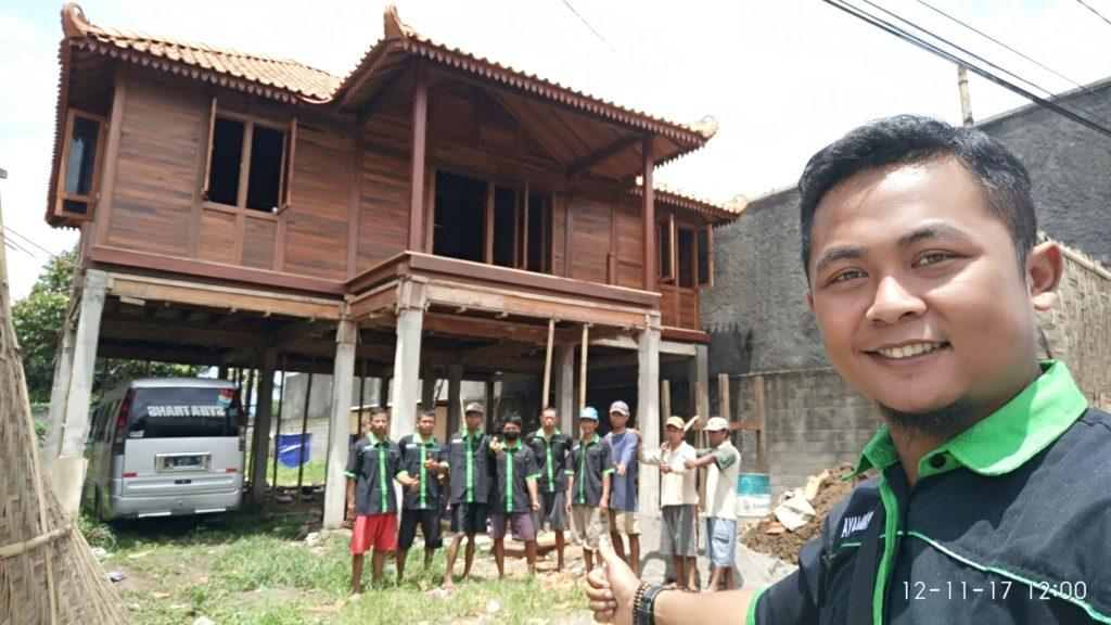 tukang rumah kayu, tukang pembuat rumah kayu, ahli rumah kayu, pembuat rumah kayu di jawa bali sumatera