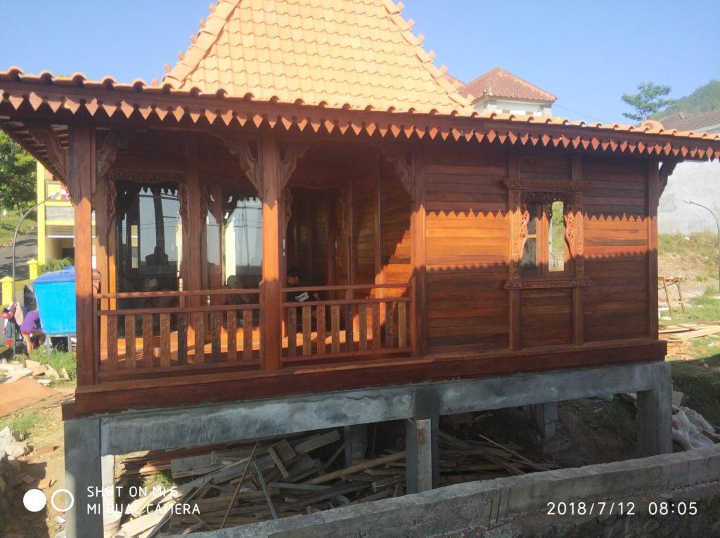 jual rumah kayu di ponorogo, jual rumah kayu di kediri, jual rumah kayu di magelang, jual rumah kayu di temanggung, jual rumah kayu di banjarnegara, jual rumah kayu di sukabumi,