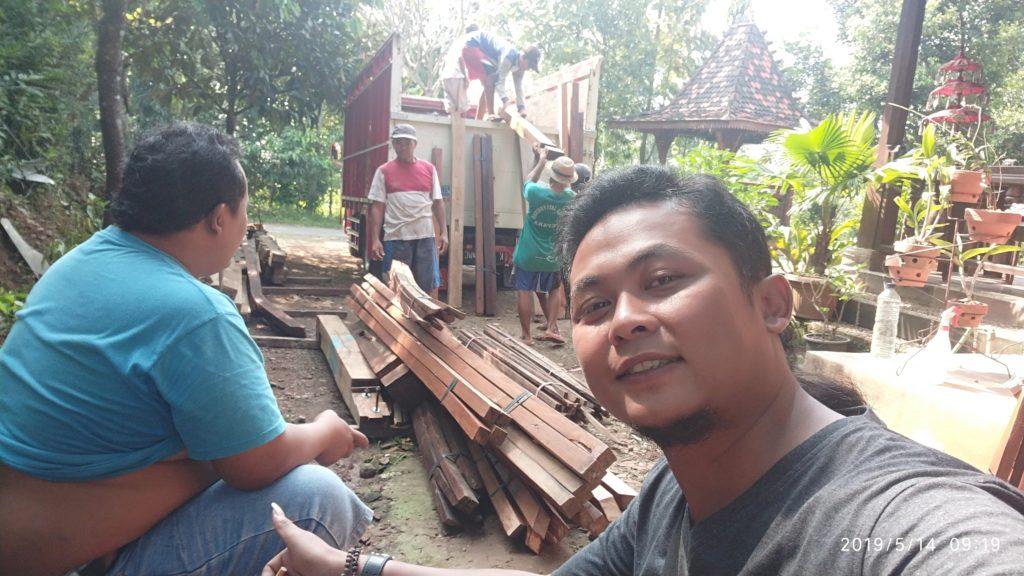 pengiriman rumah kayu